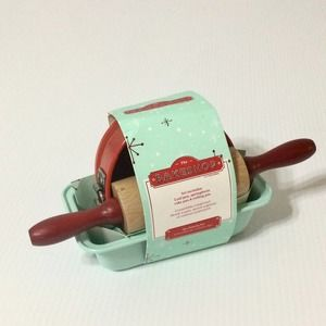 THE BAKESHOP 3 pc Kids Baking Set Mint/Red NWT